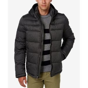 Tommy Hilfiger men's quilted gray puffer jacket